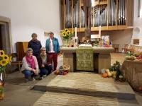 Schmücken der Kirche für Erntedank 2020_4